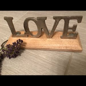 """""""LOVE"""" Metal and Wood Sign 💗"""